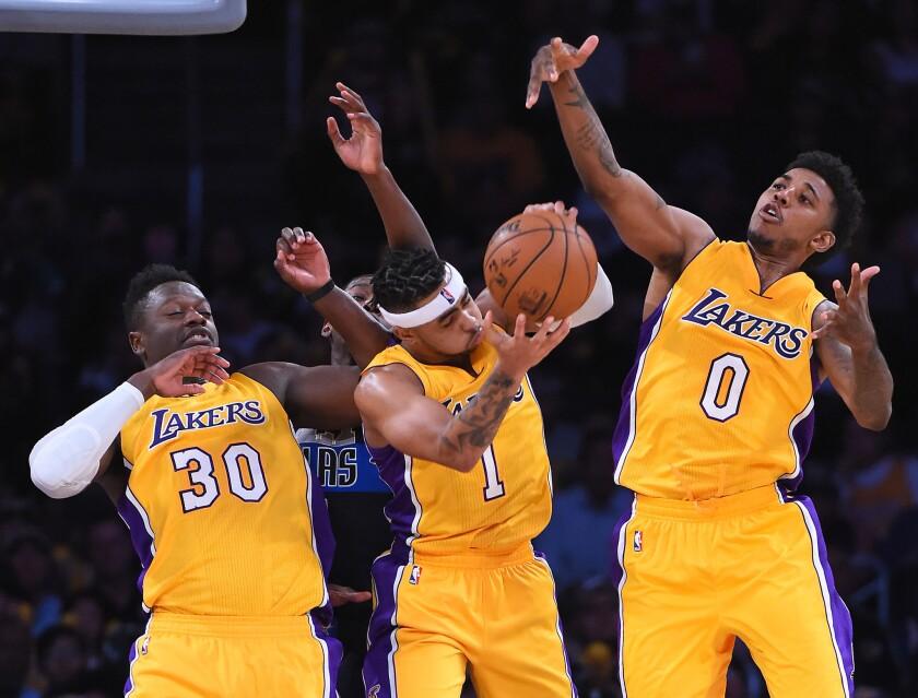 Los Lakers quieren ganarse el respeto de la liga a punta de trabajo.