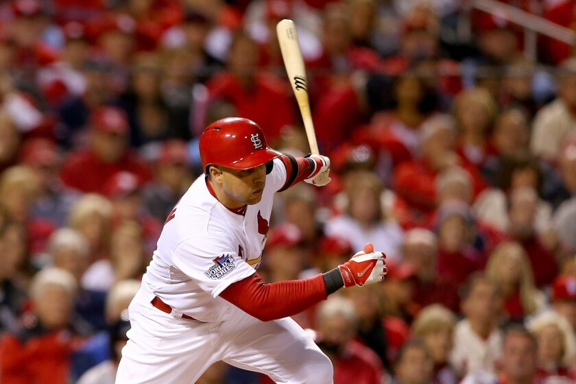 Former St. Louis Cardinals outfielder Carlos Beltran agreed to a three-year deal with the New York Yankees on Friday.