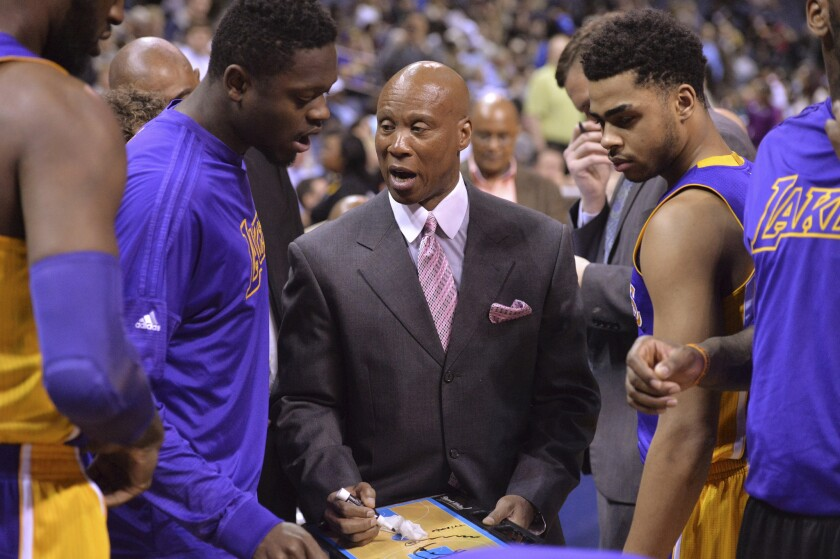 Los Angeles Lakers looking forward to a month full of home games