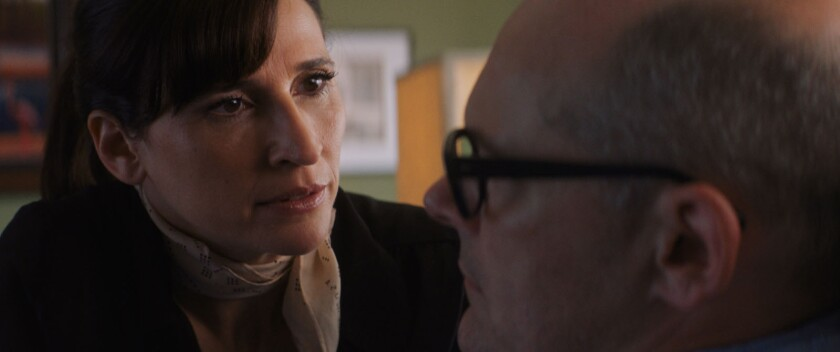Michaela Watkins and Rob Corddry in the movie 'Bad Therapy'