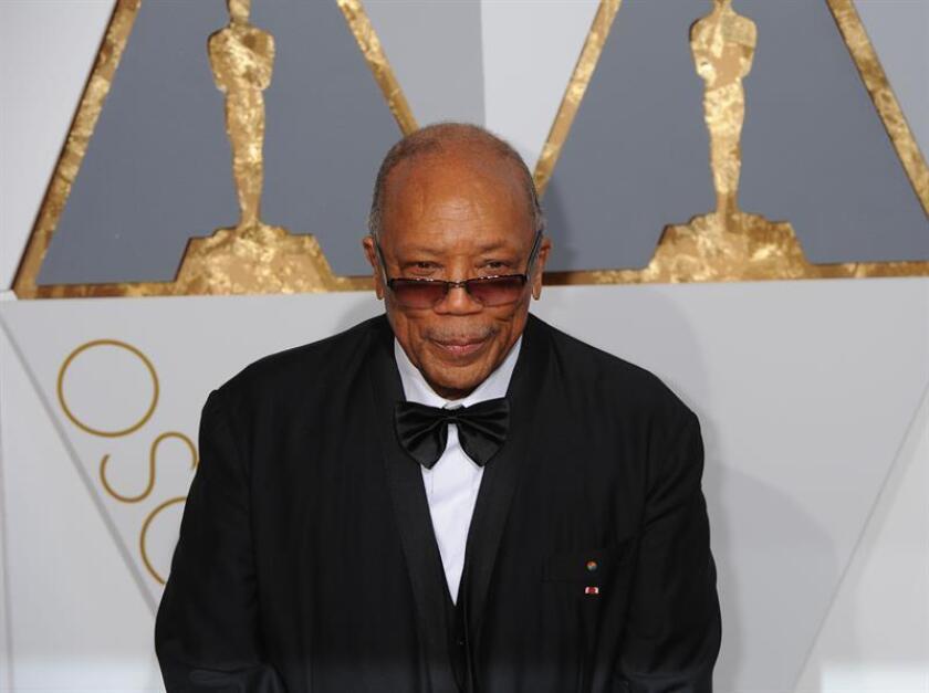 El legendario productor musical Quincy Jones asegura que hace doce años salió con Ivanka Trump, la hija del presidente de Estados Unidos, de quien le separan casi 50 años de edad. EFE/ARCHIVO