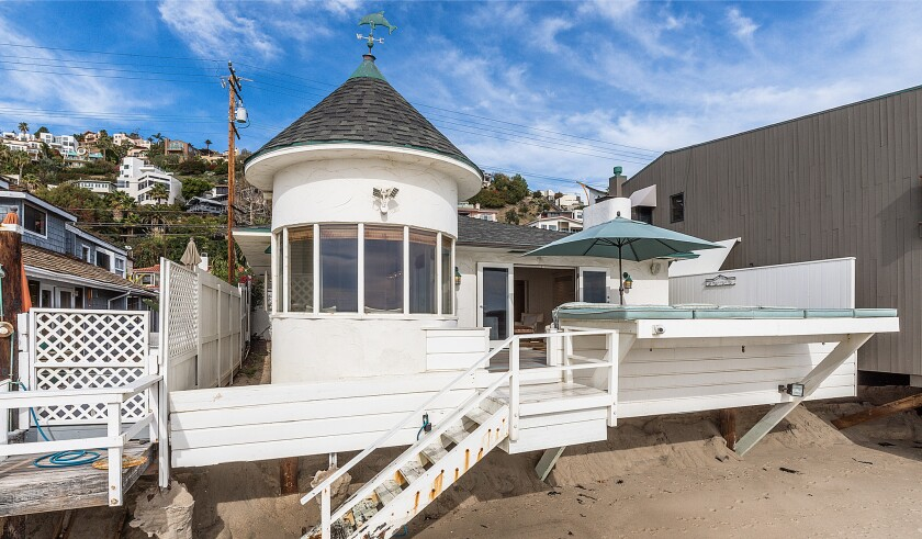 Glen Ballard's Malibu cottage