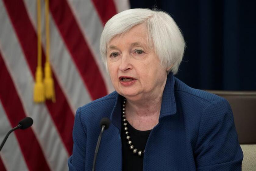 La Fed no sube los tipos de interés a la espera del nominado de Trump