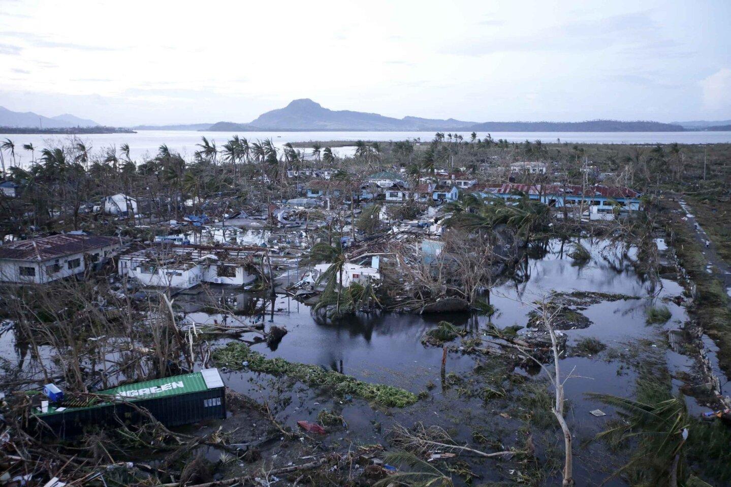 Typhoon ravages Philippines