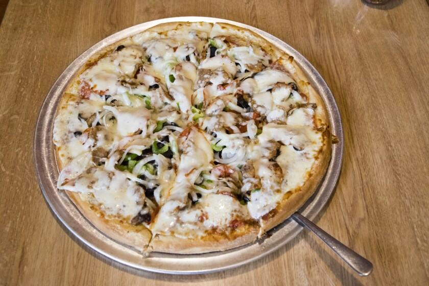 la-tr-travel-pizza-honolulu-Rosarina.JPG