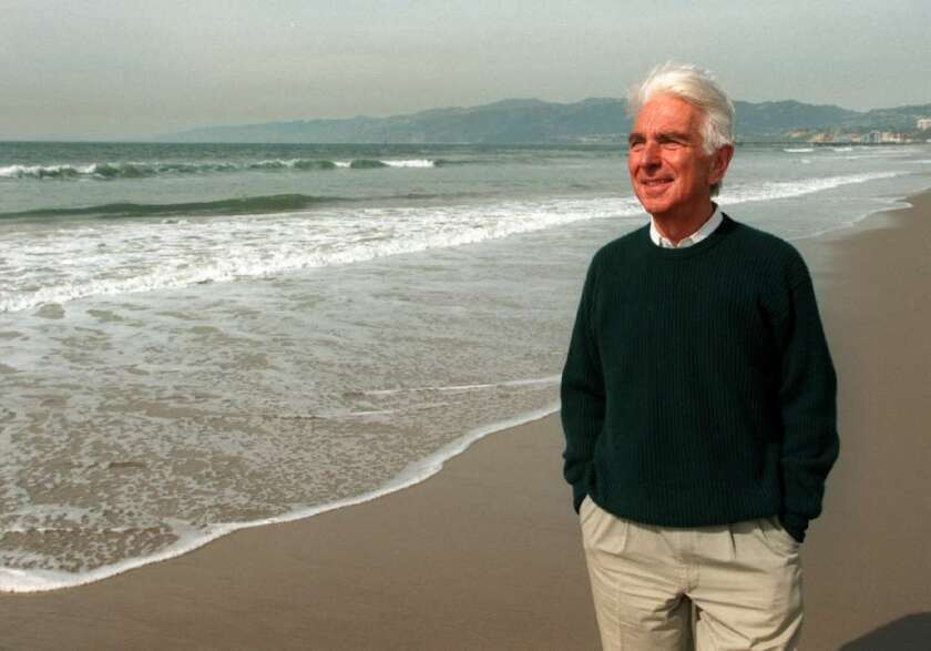 USC business professor and author Warren Bennis, who died Thursday in Santa Monica, broke with traditional thinking about leadership in corporations.