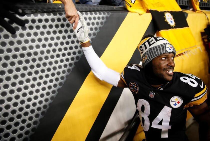 En la imagen, el receptor abierto de los Steelers de Pittsburgh, Antonio Brown. EFE/Archivo