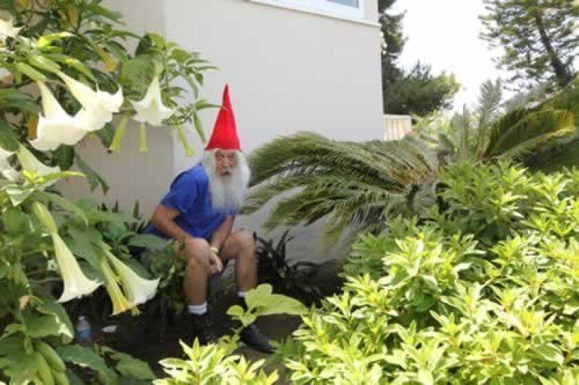 SecretGardenTour-2123-Gnome