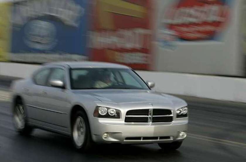 Feds probe engine stalls on 192,000 Chrysler 300Cs, Chargers