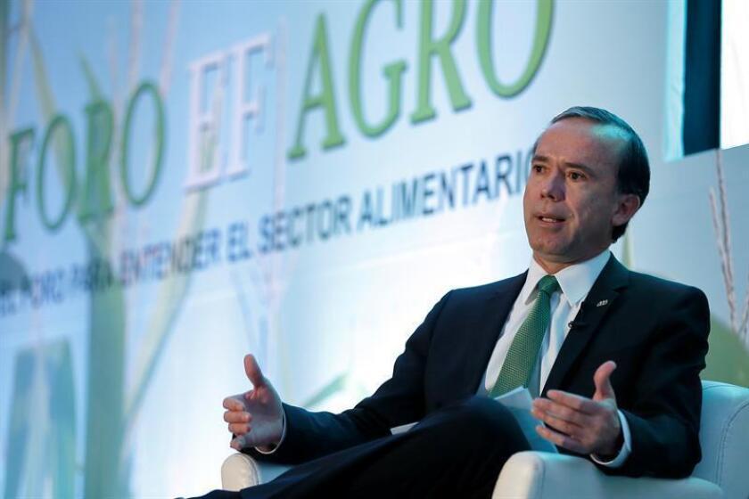 El presidente del Consejo Nacional Agropecuario (CNA), Bosco de la Vega, habla hoy, martes 6 de marzo de 2018, durante su participación en el Foro Agro, organizado por El Financiero Bloomberg, en Ciudad de México (México). EFE
