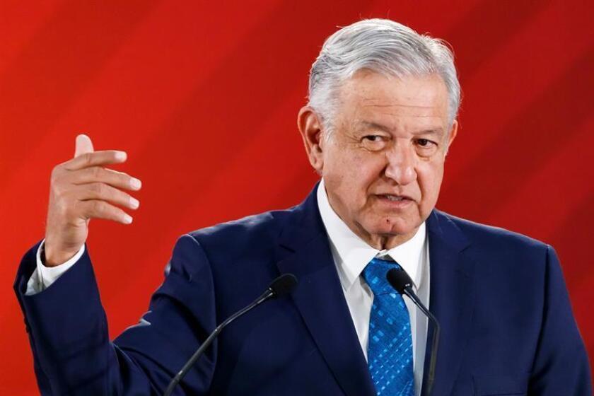El presidente de México, Andrés Manuel López Obrador, habla en rueda de prensa matutina el jueves 21 de febrero de 2019, en el Palacio Nacional, en Ciudad de México (México). EFE/Archivo