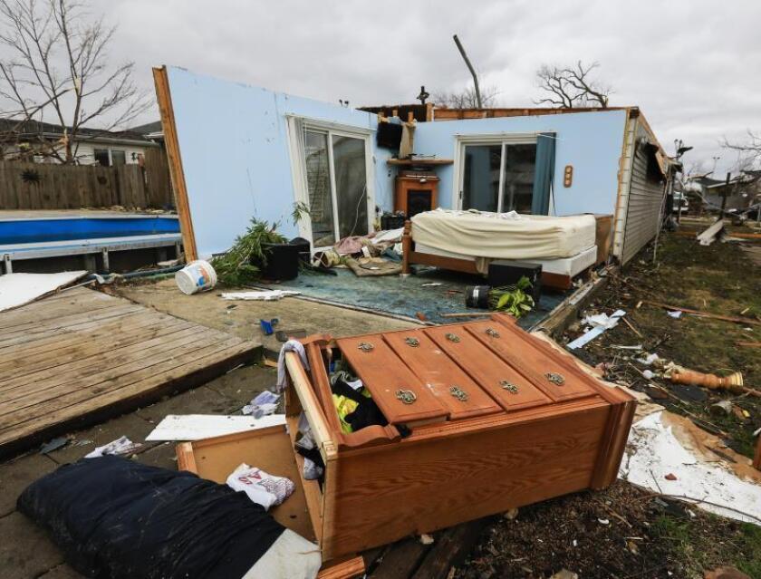 Al menos tres muertos por el paso de tornados en el sur de Estados Unidos