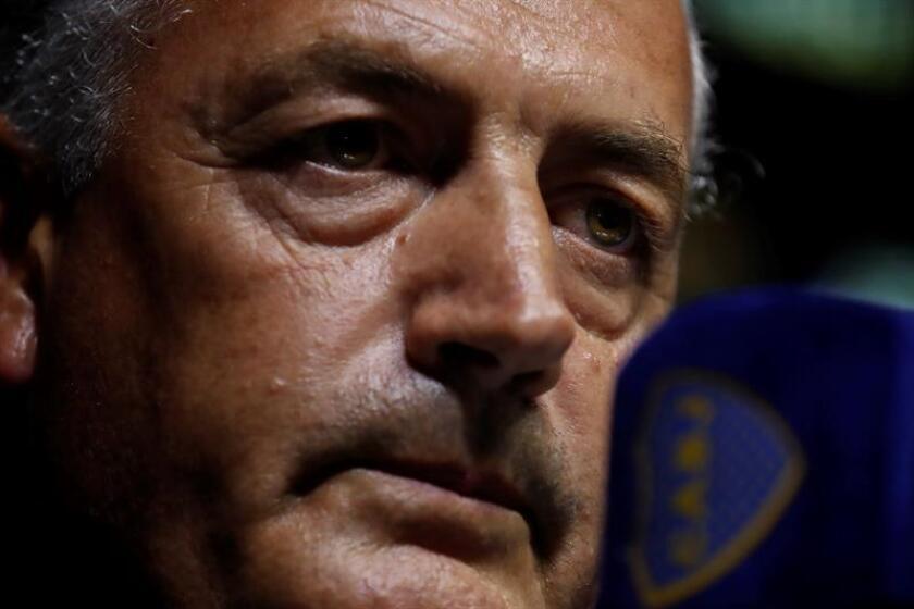 En la imagen un registro del técnico del club del fútbol argentino Boca Juniors, Gustavo Alfaro. EFE/Archivo