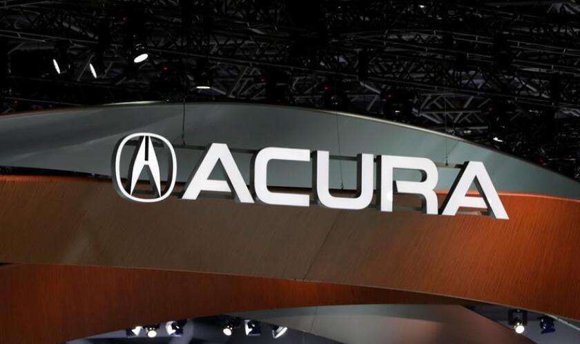 """Honda anunció hoy que la tercera generación del todocaminos SUV Acura RDX que revelará en el Salón Internacional del Automóvil de Norteamérica (NAIAS) en Detroit este 15 de enero es el """"inicio"""" de una nueva era para la marca. EFE/ARCHIVO"""