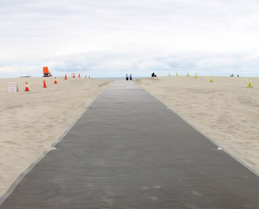 BeachMats (1).jpg