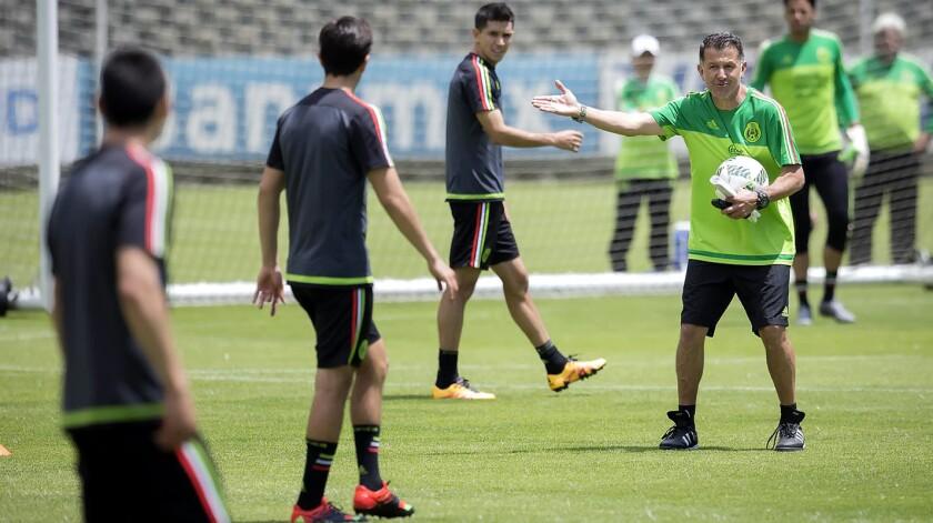 Juan Carlos Osorio y los seleccionados mexicanos buscarán retomar el paso.