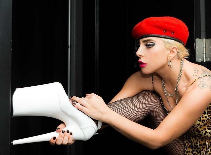 Aunque tuvo su etapa de 'Grinch', a Lady Gaga le gusta ahora mucho el festejo de estas fiestas.