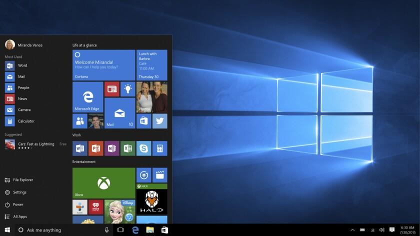 Esta captura de pantalla proporcionada por Microsoft muestra la página de inicio de Windows 10. Con Windows 10, el botón de inicio funciona como lo hacía con Windows 7 y antes de eso. La pantalla de inicio gráfica de Windows 8 está incrustada en ese botón, para que se sienta moderna sin obligarte a deshacerte de viejos hábitos. (Microsoft vía AP)
