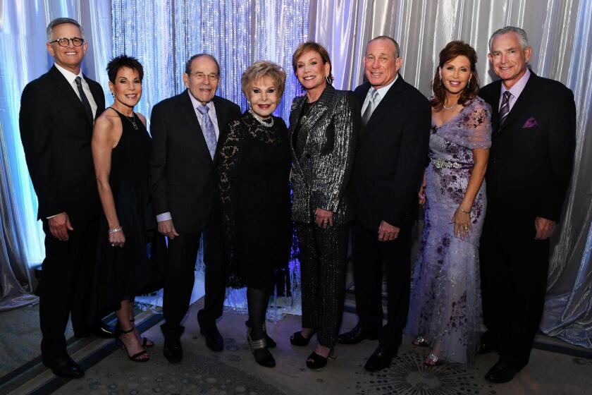 Bernie and Suzi Feldman (she's event co-chair), Frank and Lee Goldberg (honorees), Anne Nagorner (event co-chair), Eddie Goldberg, Mary and Jon Epsten (she's Women's Auxiliary president)