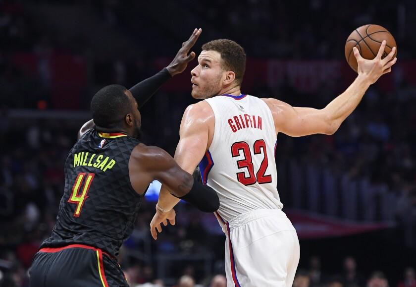 Clippers se impone sobre Hawks para cuatro triunfos seguidos previo al Juego de las Estrellas.