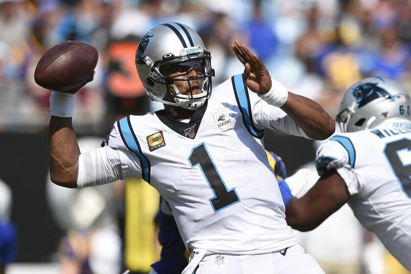 En esta imagen del 9 de septiembre de 2019, el quarterback de los Panthers de Carolina Cam Newton