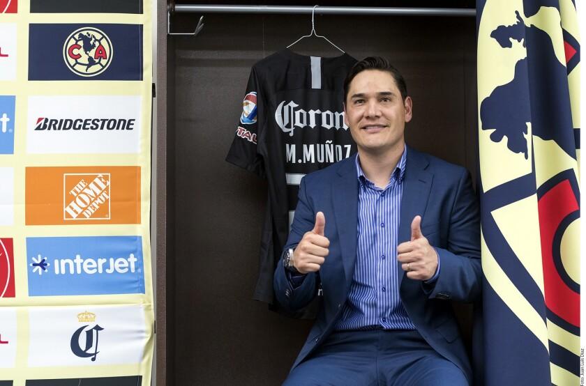 El partido entre Rojiblancos y Águilas será la despedida del portero Moisés Muñoz, quien anunció su retiro del futbol tras 19 años de carrera.