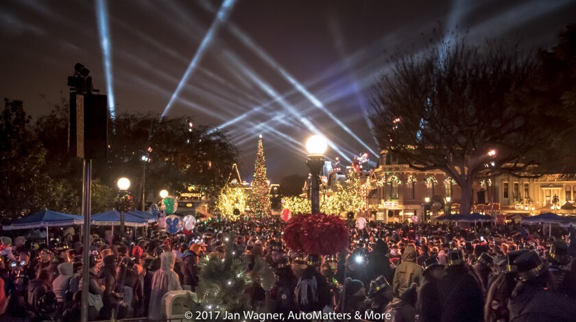 Massive crowd at Disneyland on New Year's Eve