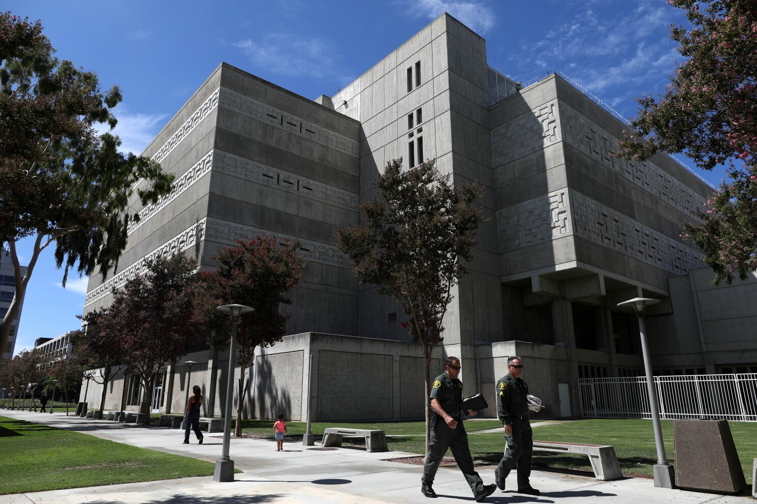 After flood of meth-soaked letters hits O.C. jails, sheriff announces crackdown