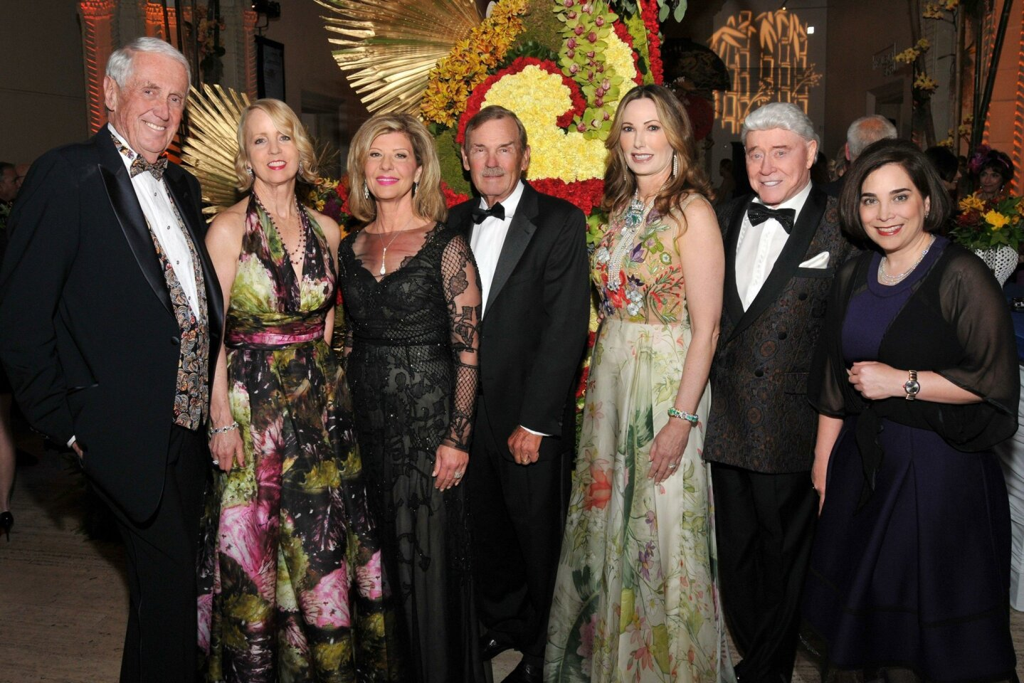 Harvey and Sheryl White, Demi and Frank Rogoziensky, Valerie and Harry Cooper (the ladies are Premiere Dinner chairs), Roxana Velásquez (SDMA executive director)