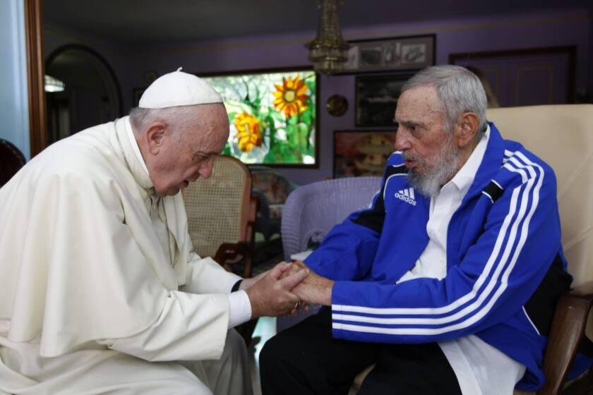 El encuentro del Papa Francisco y el expresidente cubano Fidel Castro, en La Habana, Cuba, el 21 de septiembre de 2015.