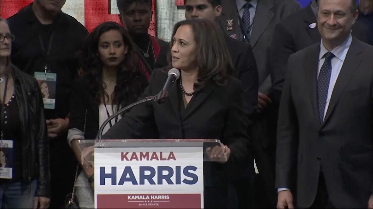 Kamala Harris Breaks A Color Barrier With Her U S Senate Win Los Angeles Times