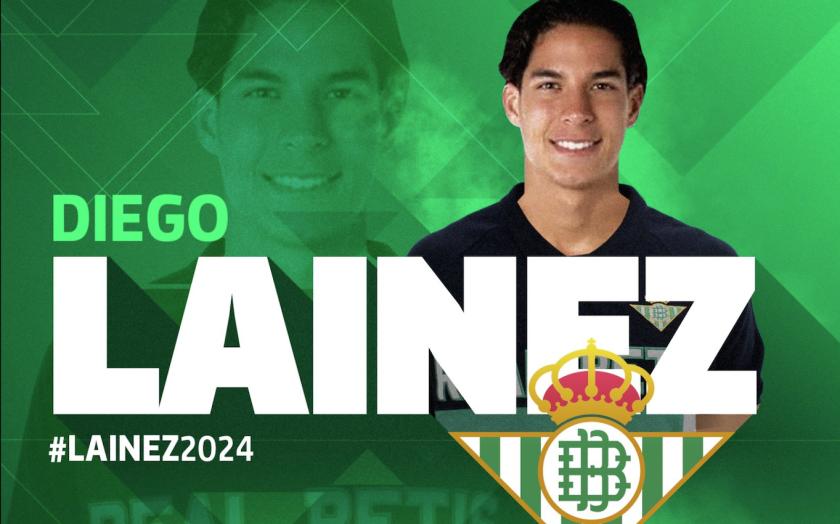 Con esta imagen el Real Betis dio la bienvenida al mexicano Diego Lainez.