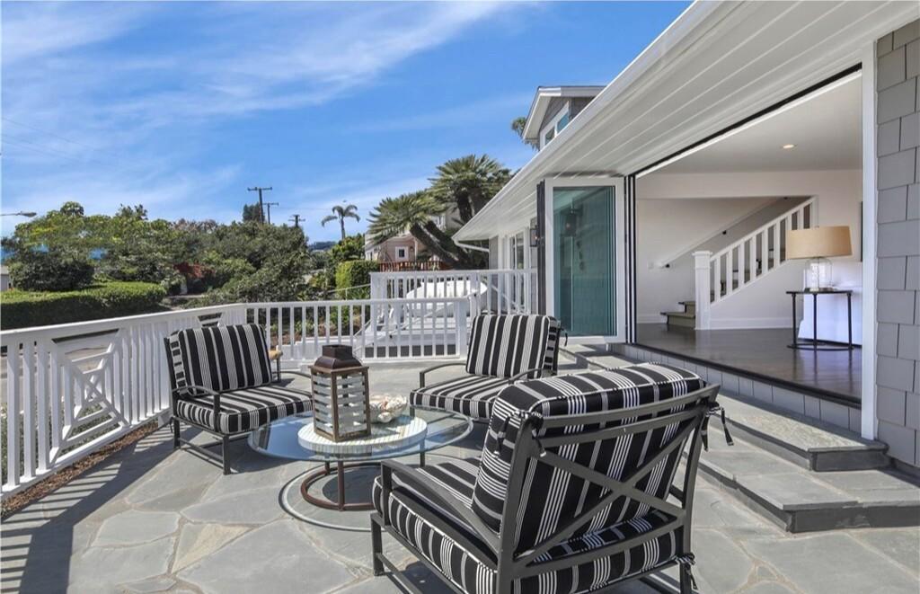 Brendan Steele's Laguna Beach cottage   Hot Property