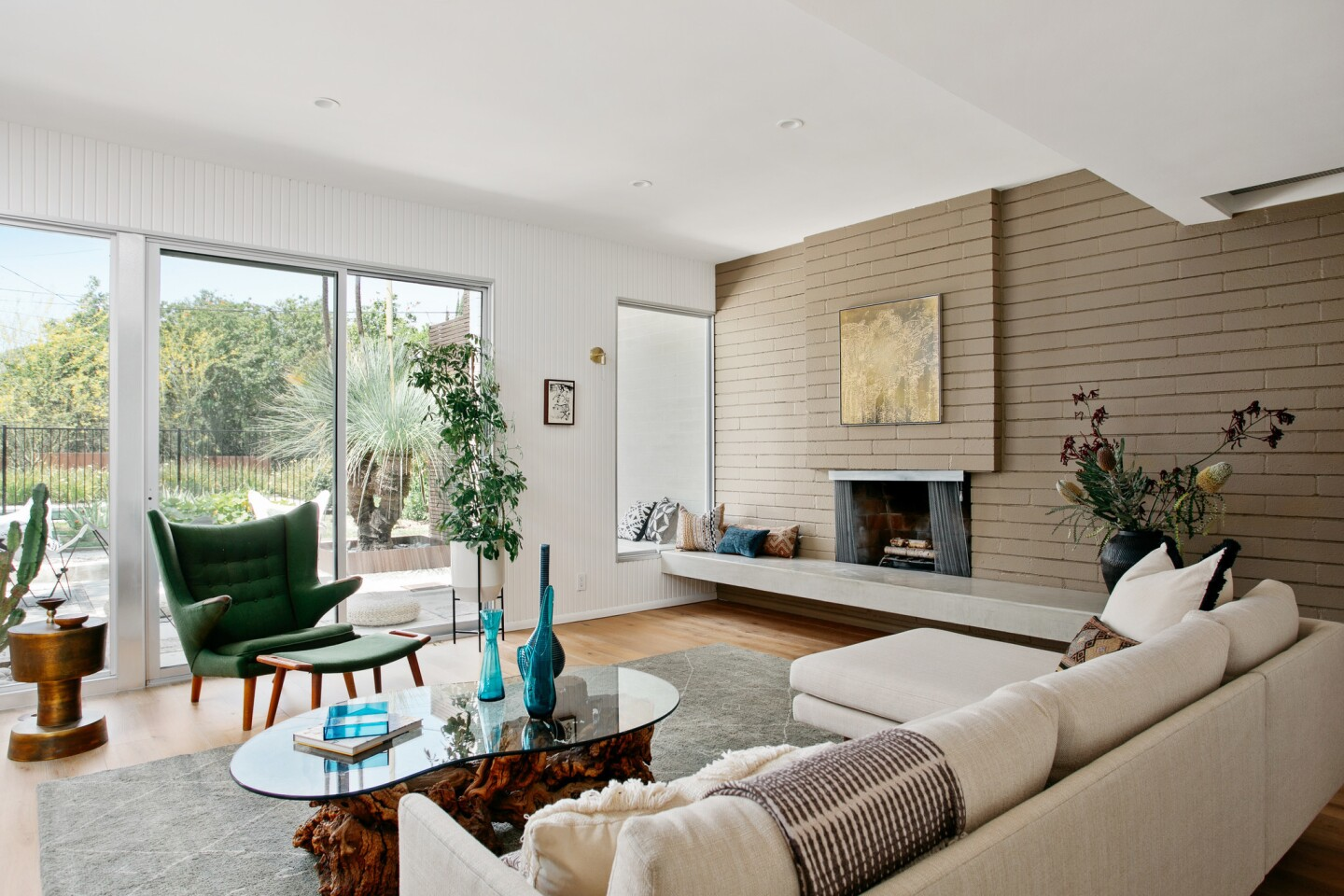 Rachel Griffiths' Encino home | Hot Property