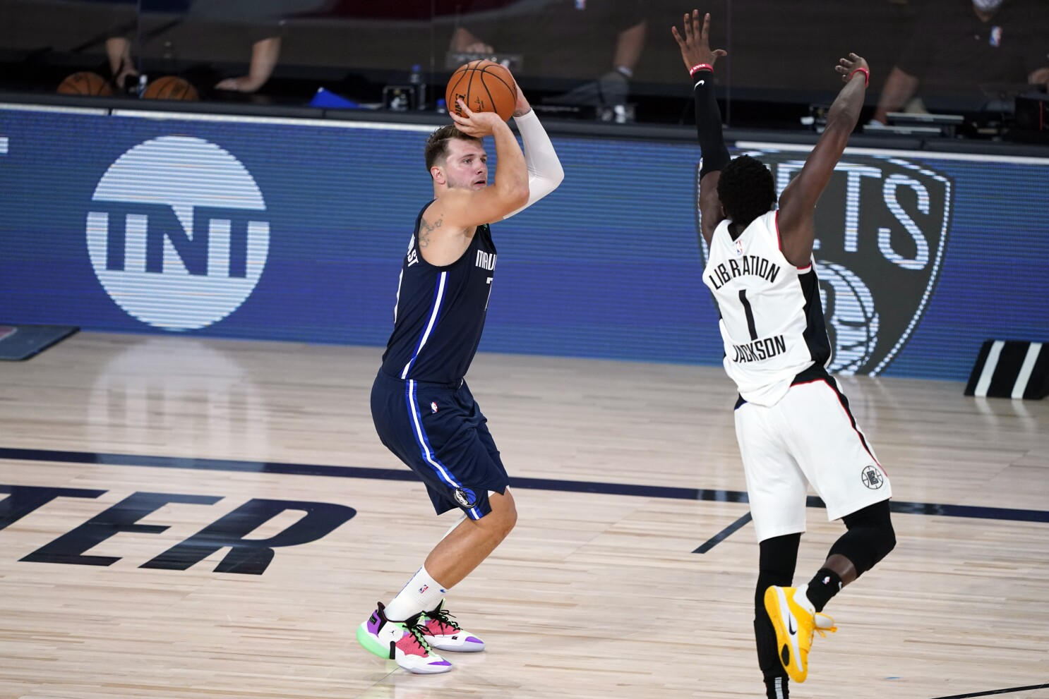 Luka Doncic Hits Winning 3 In Mavericks Victory Over Clippers Los Angeles Times