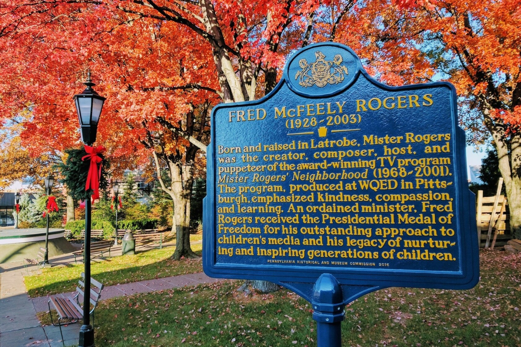 It S A Beautiful Day In Pennsylvania On Mister Rogers Trail Los Angeles Times