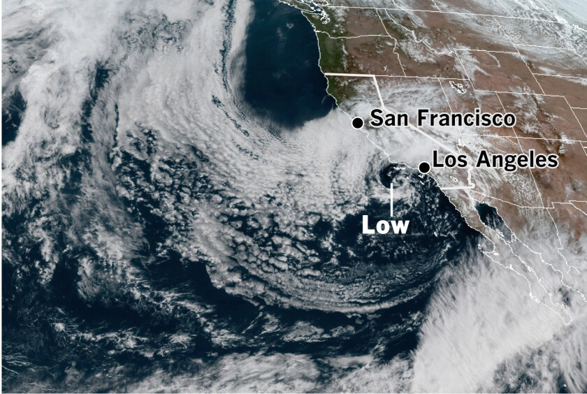 Map showing storm system off the West Coast