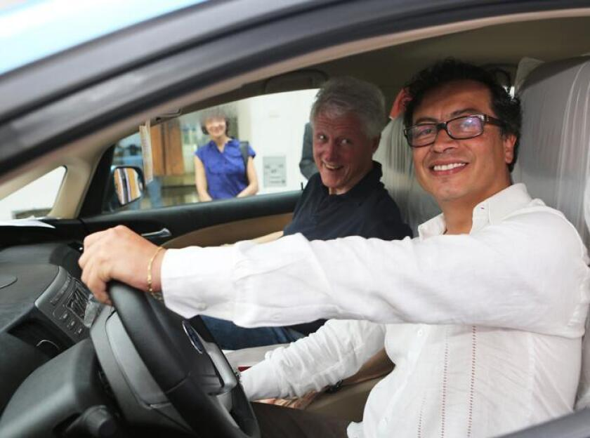 Bill Clinton in Colombia with Bogota Mayor Gustavo Petro.