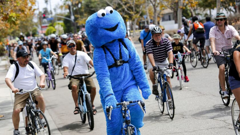 "VENICE, CA --AUGUST 9, 2015--Andrew Johnson, a.k.a, ""Cookie Monster,"" drew some attention while ridi"