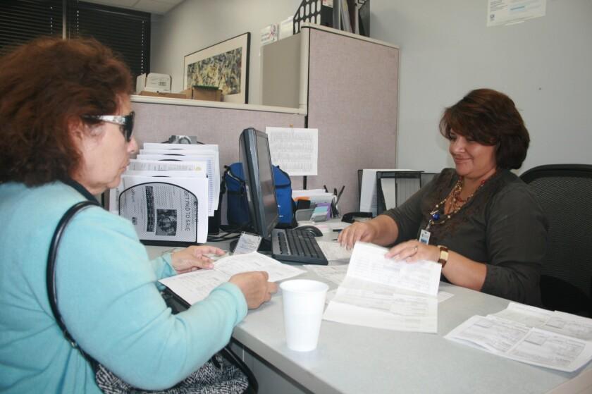En los nueve mil centros VITA en todo Estados Unidos la preparación de impuestos es gratis para los contribuyentes con ingresos de 54 mil dólares anuales o menos.