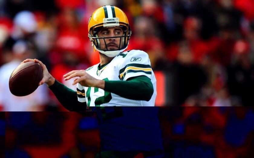 En la imagen, el jugador de los Packers de Green Bay Aaron Rodgers. EFE/Archivo