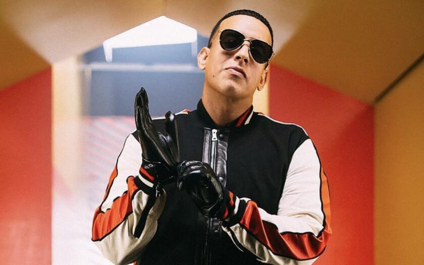 """Daddy Yankee será homenajeado en la premiera edición de estos premios donde se entonará y segozará """"Con calma""""."""