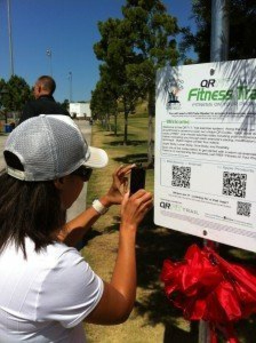 QR Fit Trail Sign-4S Ranch (2)