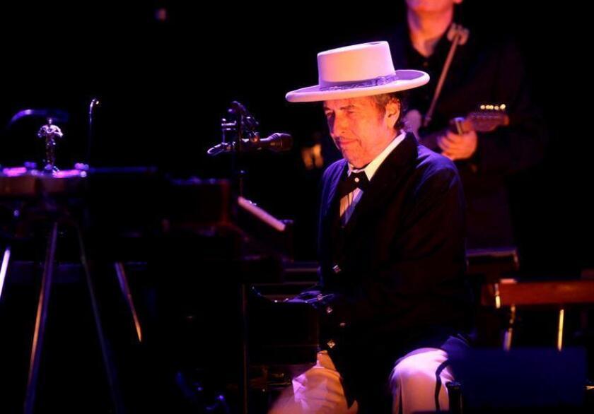 """Bob Dylan anunció hoy el inminente lanzamiento de """"Triplicate"""", un álbum triple en el que el legendario artista versionará canciones clásicas de la tradición musical estadounidense. EFE/ARCHIVO"""