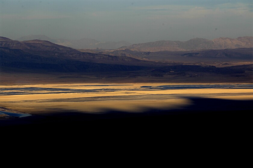 Los Angeles may store water under an Owens Valley lake drained to fill its faucets
