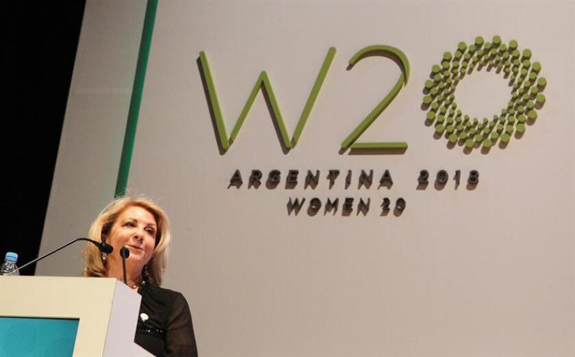 La argentina Susana Balbo, líder en 2018 del Women20 (W20) -grupo de afinidad de las mujeres del G20-, fue registrada este martes, durante la apertura del W20, en el Centro Cultural Kirchner de Buenos Aires (Argentina). EFE