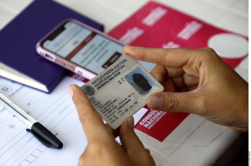 Los ciudadanos mexicanos podrán votar en Baja California para participar la consulta nacional sobre el Nuevo Aeropuerto de la Ciudad de México, organizada por el equipo del presidente electo Andrés Manuel López Obrador.