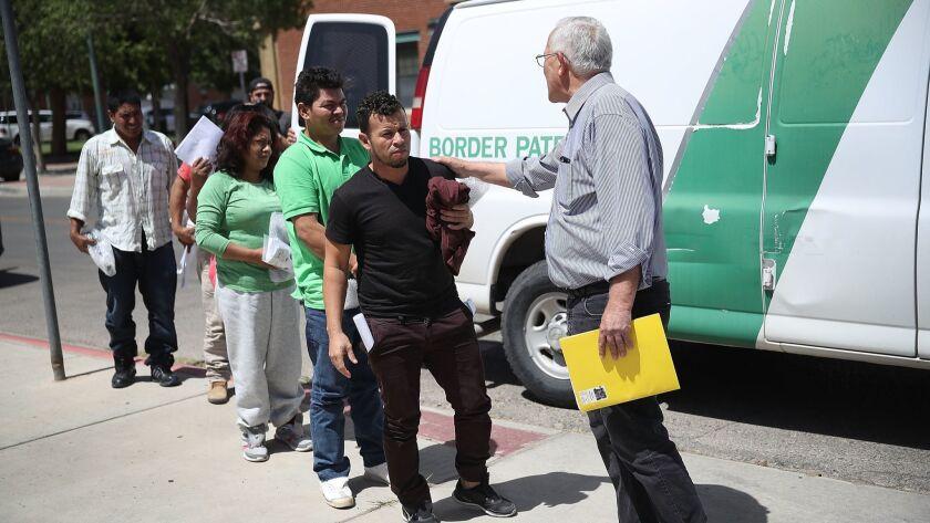Undocumented Immigrants Released In Texas Pending Asylum Hearing