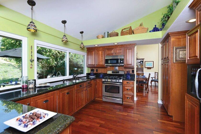 5431-Westknoll-Dr-Kitchen