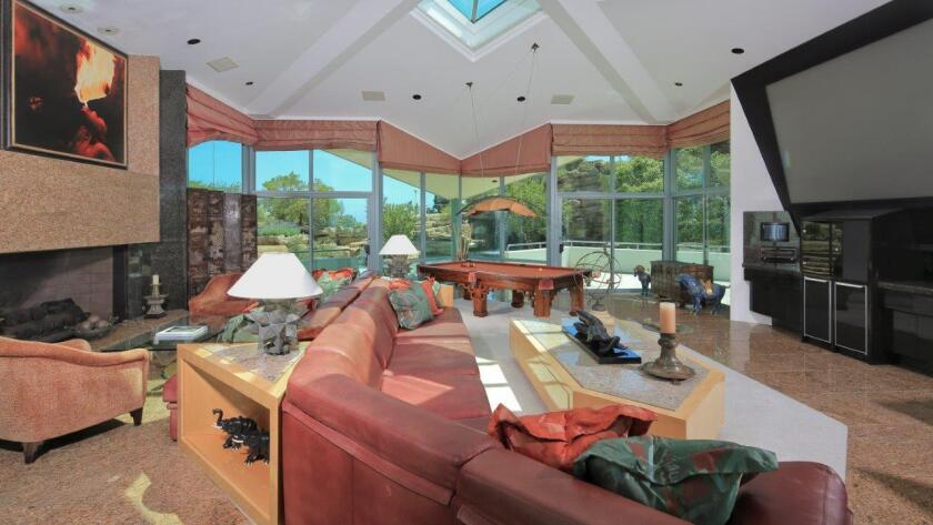 Tyler Perry's home in Mulholland Estates   Hot Property